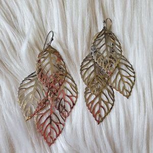 NWOT Dangly Leaf Earrings
